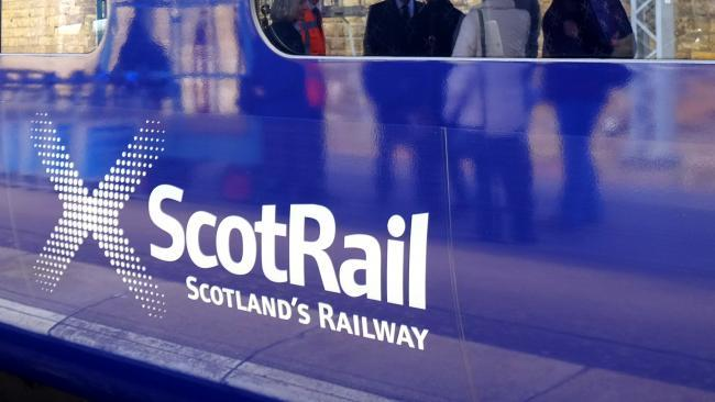 Conductor assaulted on train travelling through Renfrewshire