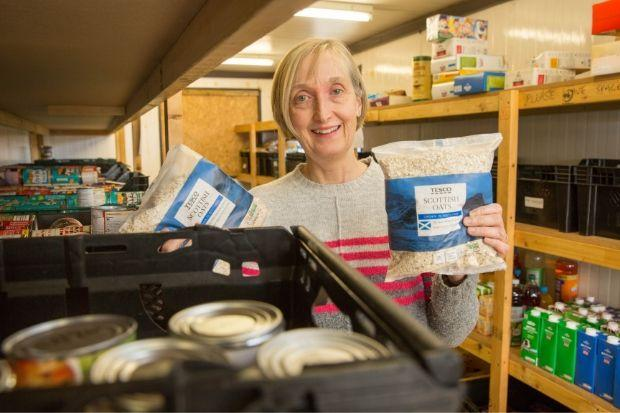 Elizabeth Alexander will leave her role as manager of Renfrewshire Foodbank at the end of next month