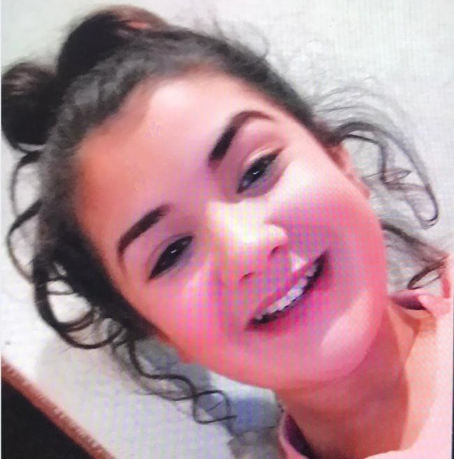 Cops appeal for help to find missing teenage girl