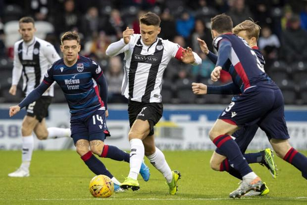 Magennis captained his side to a crucial win over the Staggies on Saturday (Photo: Allan Picken)