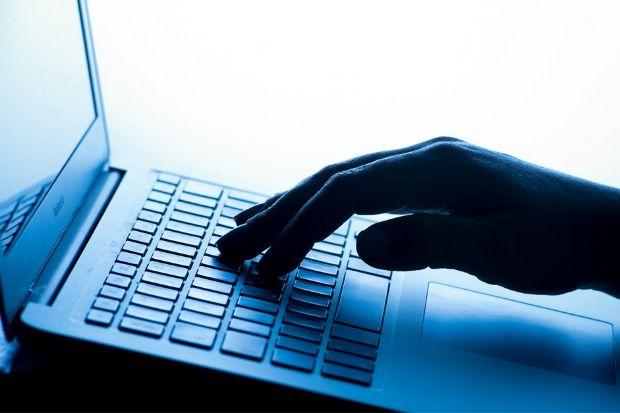 Cops have urged the public to be on their guard when dealing with strangers online
