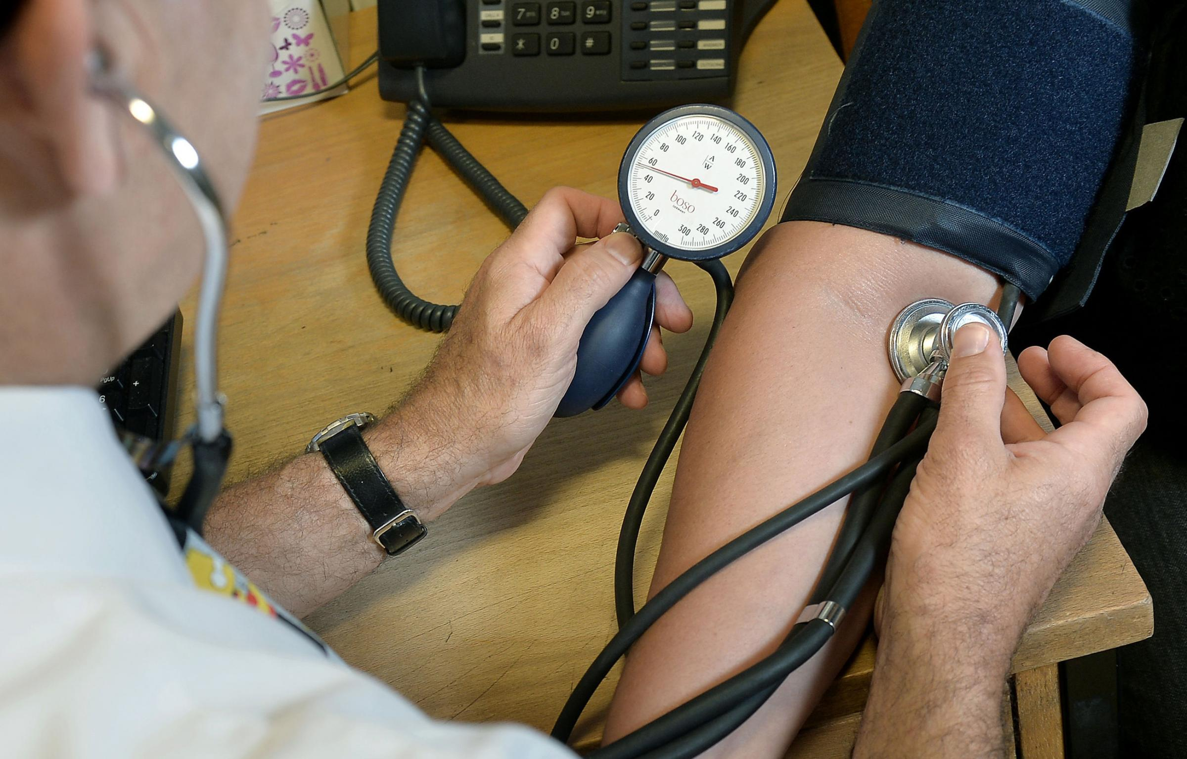 Erskine medical practice left with no permanent GPs after doctor quits