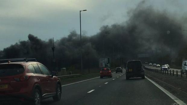 The Gazette: Smoke billowed onto the M8 (picture: MEABH BRADLEY on Twitter)
